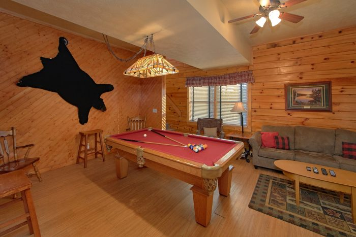 Cabin near Dollywood with a Den - A Beary Happy Place