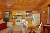 Cabin with Living Room and Kitchen on Main Level