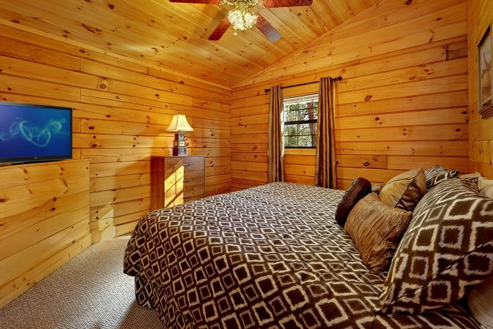 Two Bedroom Cabin with King Sized Bedroom - A Hilltop Heaven