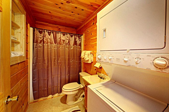 Cabin with Washer and Dryer - A Mountain Escape