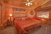 Honeymoon 1 Bedroom Cabin with Master Suite