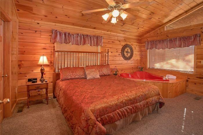 Honeymoon 1 Bedroom Cabin with Master Suite - A New Beginning