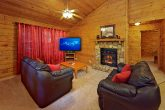 1 Bedroom Cabin Living Room with Gas Fireplace
