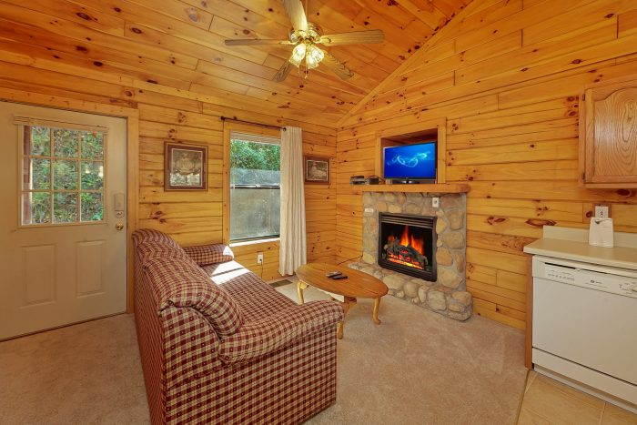 1 Bedroom Cabin with Furnished Living Room - A Romantic Retreat