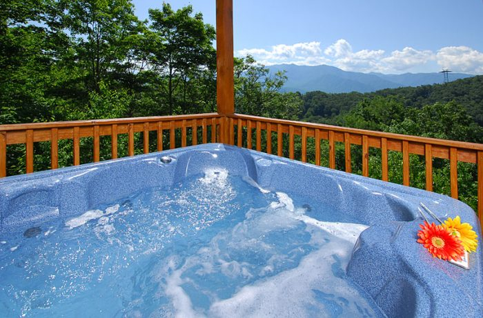 Hot Tub with Spectacular Views Near Ski Resort - A Spectacular View to Remember