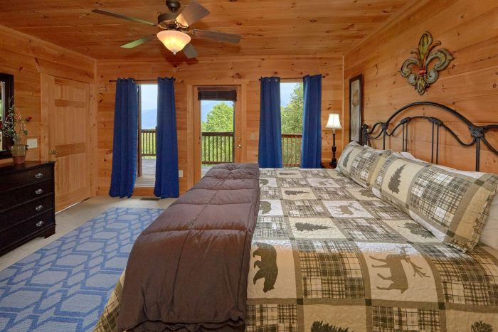 Gatlinburg Cabin with 5 Master King Bedrooms - A View From Above