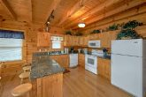 7 Bedroom Pigeon Forge cabin with full kitchen