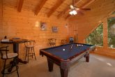 2 Bedroom Cabin with Pool Table and Resort Pool