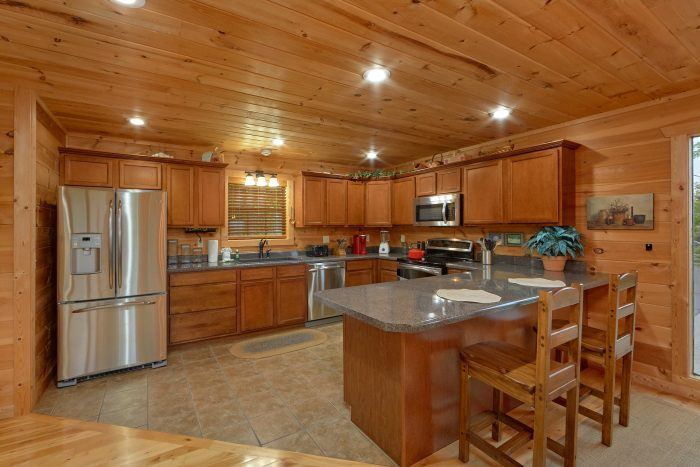 Full Kitchen with bar seating in 5 bedroom cabin - Amazing Views to Remember