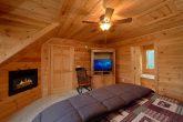 5 Bedroom Luxury Cabin with 4 Master Suites