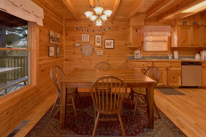 Cabin with 2 King Suites - American Pie