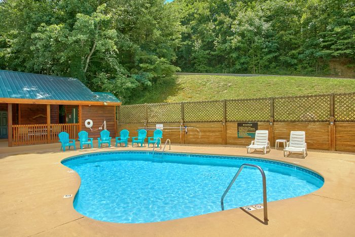 Cabin Resort Pool - Angel's Ridge