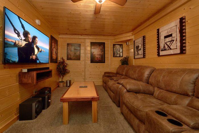 Premium 2 bedroom cabin with theater room - April's Diamond