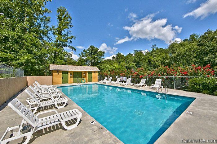 Premium Cabin with Resort Pool Access - Autumn Ridge
