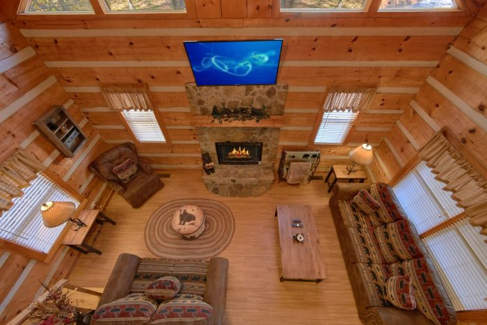 1 Bedroom Cabin Sleeps 4 in the Woods - Bare Kissin And Huggin