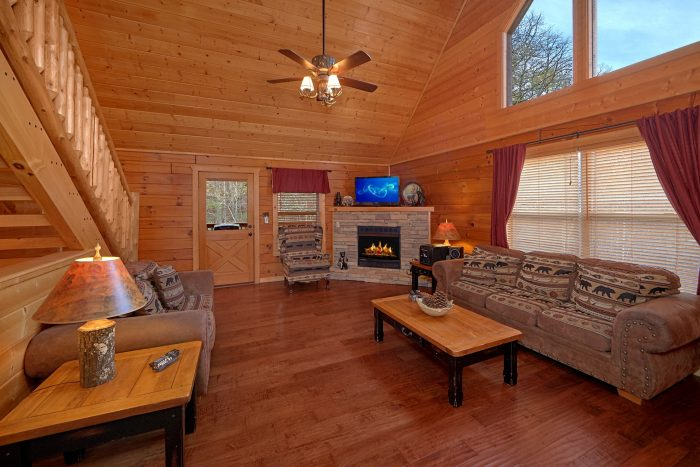 4 Bedroom Cabin with a Fireplace - Bear Creek Lodge
