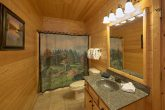 4 Bedroom Cabin with a Private Master Bathroom