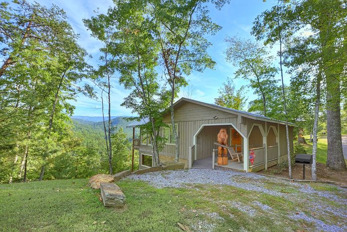 Featured Property Photo - Bear Hugs