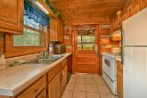 Cabin with Dishwasher and full kitchen