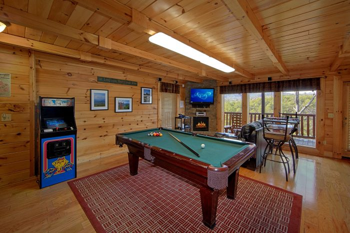Gameroom with Pool Table, Arcade and Air Hockey - Dreamland