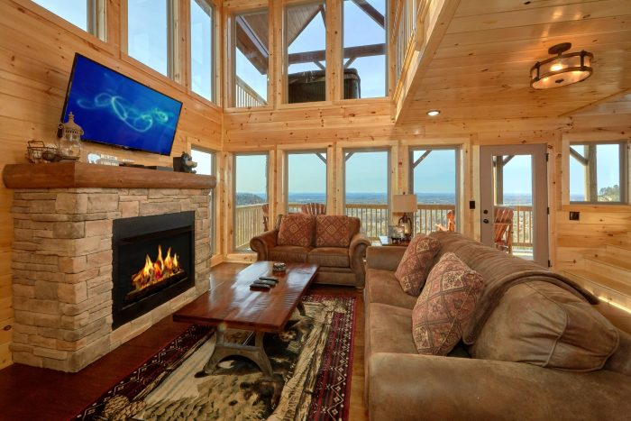 2 Bedroom Cabin with Views and Fireplace - Fifty Mile View