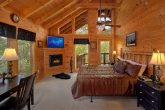 3 Bedroom Cabin with Luxury Master Bedroom