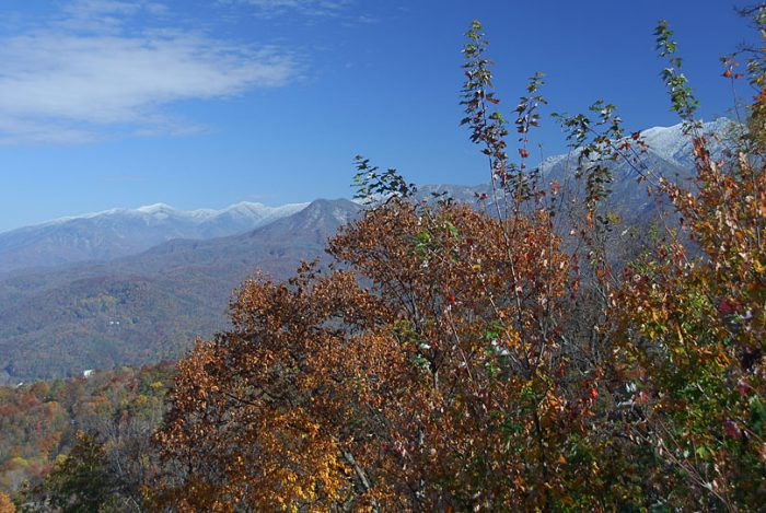 Spectacular Mountain Views 3 Bedroom Cabin - Gatlinburg Splash