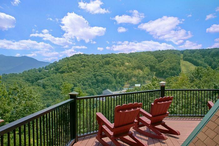 Smoky Mountain Group Cabin Rental Near Gatlinburg | Grand Pinnacle