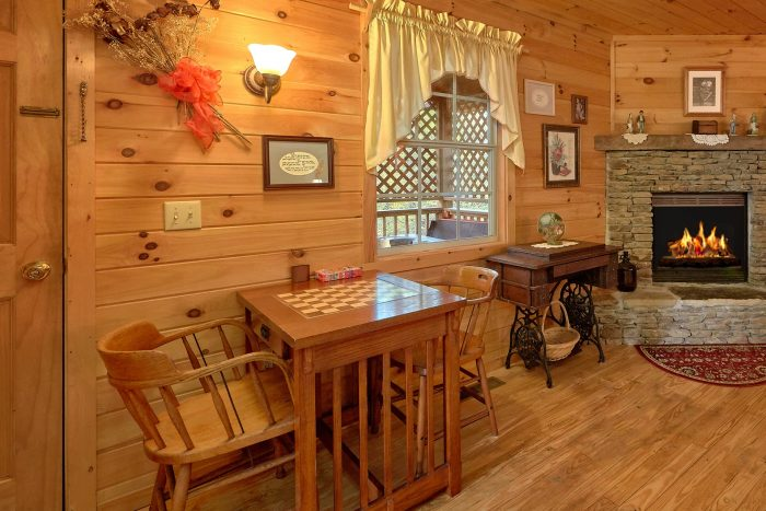 1 Bedroom Cabin with Game Table - Gray's Place