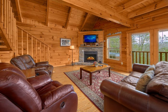 Premium 2 Bedroom Cabin with Fireplace - Heaven's Gift
