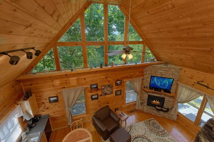 The beauty of the Smokies Can be Found Here - Huggable Hideaway