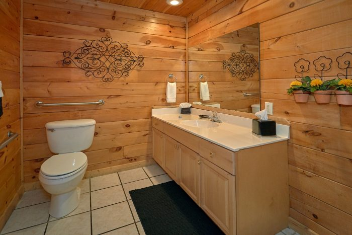 1 Bedroom Cabin with Private Bathroom - It's About Time