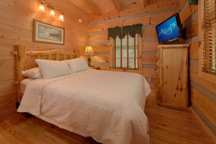 1 Bedroom cabin with 2 beds - Kicked Back Creekside