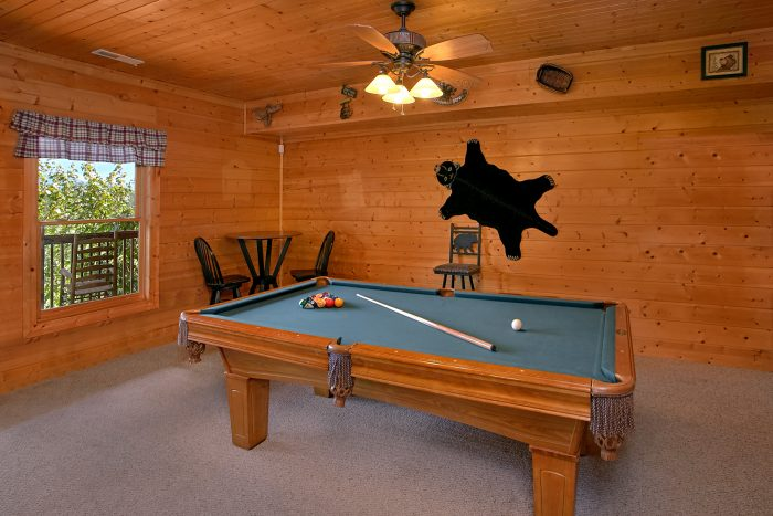 3 Bedroom Cabin with Pool Table and Air Hockey - Lasting Impression