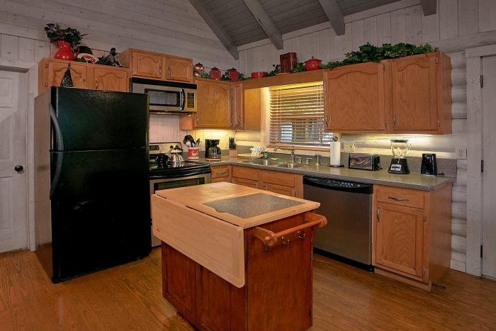 Cozy Cabin with a Full Kitchen - Melody Hill