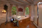 Rustic cabin with Jacuzzi Tub