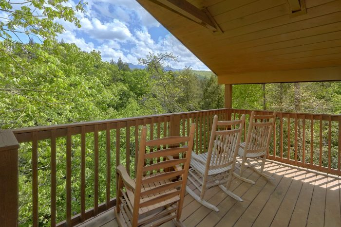 Mistletoe Lodge Cabin Rental Photo