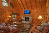 1 Bedroom Cabin with a Living Room and Fireplace