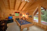 1 Bedroom cabin with Loft game Room & Pool Table