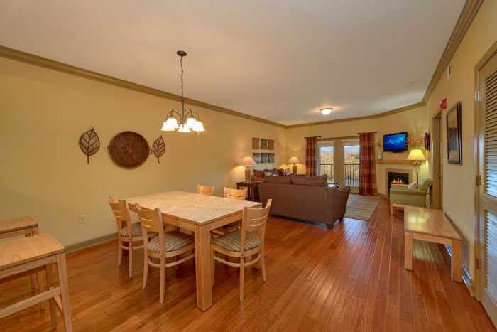 2 Bedroom Pigeon Forge Condo - Mountain View 2704
