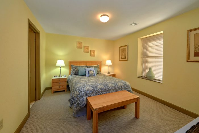 Spacious Queen Bedroom in Pigeon Forge - Mountain View 2704