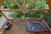 Luxurious 1 bedroom cabin with Hot Tub and Grill