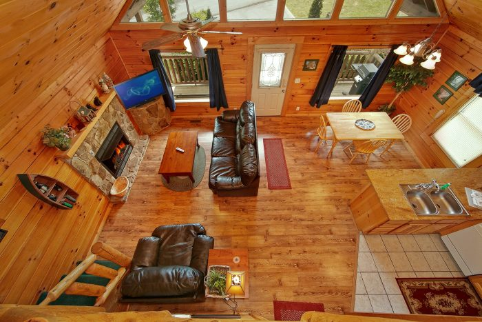 Cabin with Spacious Open Floor Plan - Poolside Cabin