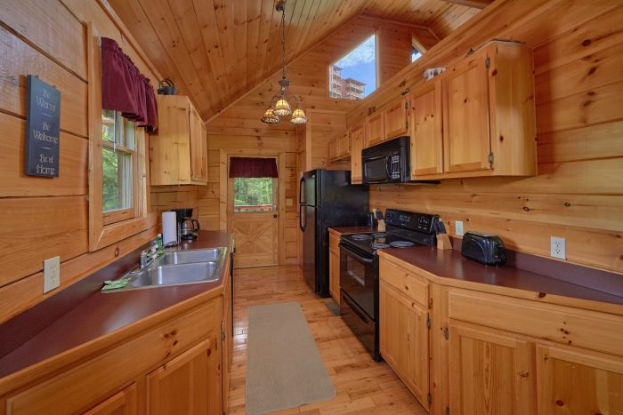 2 Bedroom Cabin rental with full Kitchen - Radiant Ridge