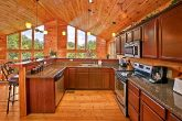 Cabin with Furnished Kitchen with Bar