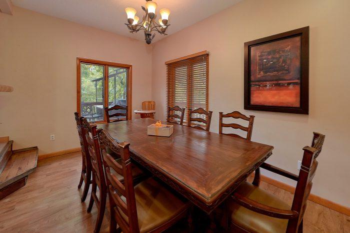 6 Bedroom Cabin Sleeps 6 with Outdoor Cooking - River Adventure Lodge