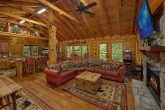 2 Bedroom Cabin Sleeps 6 with Large Open Space