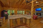 2 Bedroom Cabin Sleeps 6 with 2 King Beds