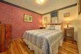 2 Bedroom Cabin with Queen Bed Sleeps 4