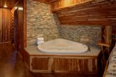 6 Bedroom Cabin featuring King Master Suites